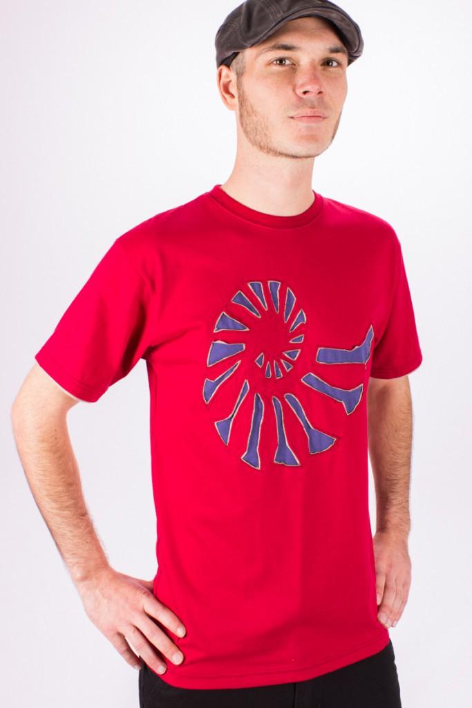 T-shirt Fossil Fond Rouge design Bleu & Beige